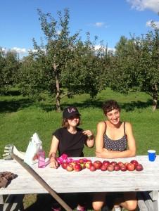 HowardCenter mentoring apple picking